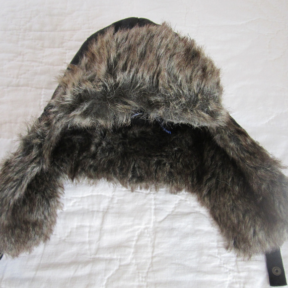 2d3b066066feb Men s Winter Cap with faux fur. NWT. Apt. 9